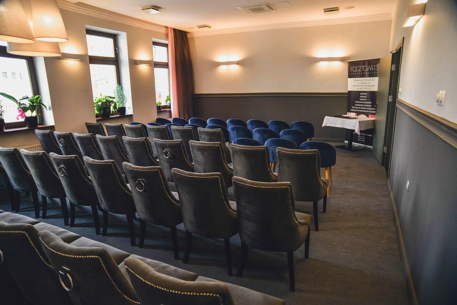 Sala górna - ustawienie konferencyjne do 52 osób
